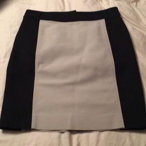 Ann Taylor Black and Tan Pencil Skirt, size 4P.